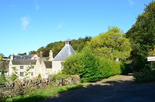 Last Minute Cottages - Delightful Upper Swell Cottage S78793