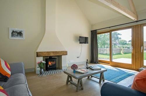 Last Minute Cottages - Cosy Fakenham Cottage S83802