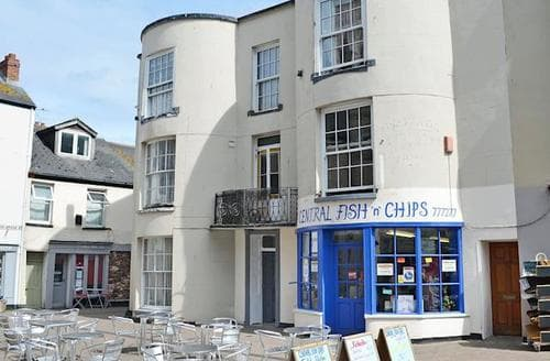 Last Minute Cottages - Adorable Teignmouth Apartment S83805
