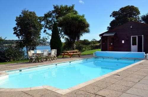 Last Minute Cottages - Bywater Lodge