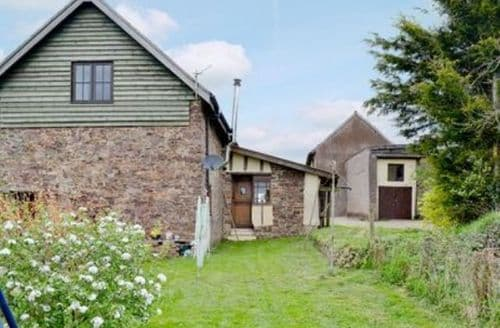 Last Minute Cottages - THE BARN
