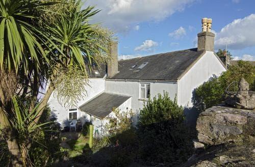 Last Minute Cottages - Agatha's Galmpton Cottage