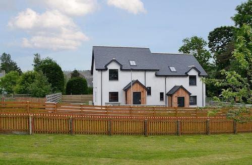 Last Minute Cottages - Attractive Ballindalloch Cottage S83956