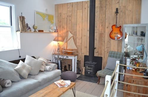 Last Minute Cottages - Cosy Kingsand Cottage S84020