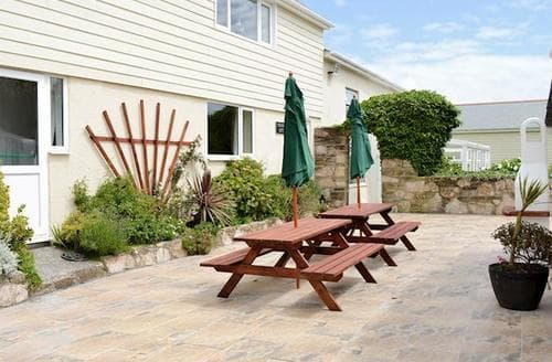 Big Cottages - Adorable Helston And The Lizard Peninsula Cottage S84070