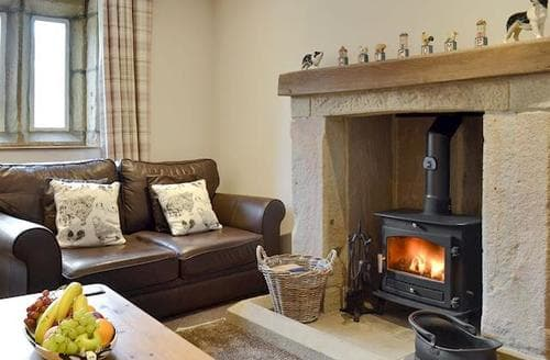 Last Minute Cottages - Inviting Skipton Cottage S84165