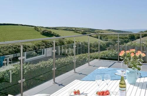 Last Minute Cottages - Cosy Crackington Haven Cottage S84172