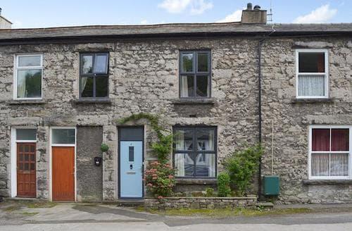 Last Minute Cottages - Attractive Grange Over Sands Cottage S84266
