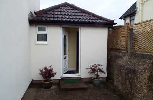 Last Minute Cottages - Quaint Poole Cottage S84285
