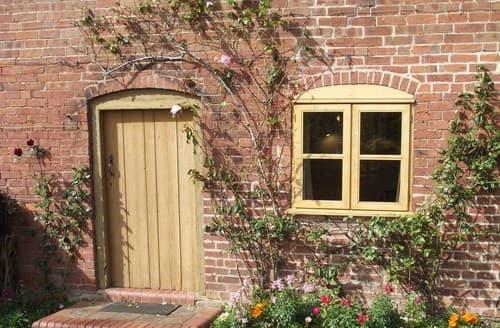 Big Cottages - Exquisite Whitbourne Cottage S84383