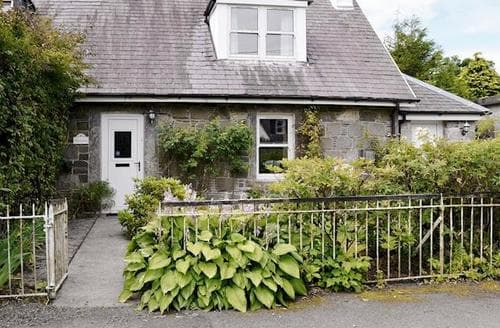 Last Minute Cottages - Delightful Newton Stewart Cottage S84438