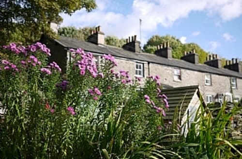 Last Minute Cottages - Luxury Traditional Cottage In Open Countryside