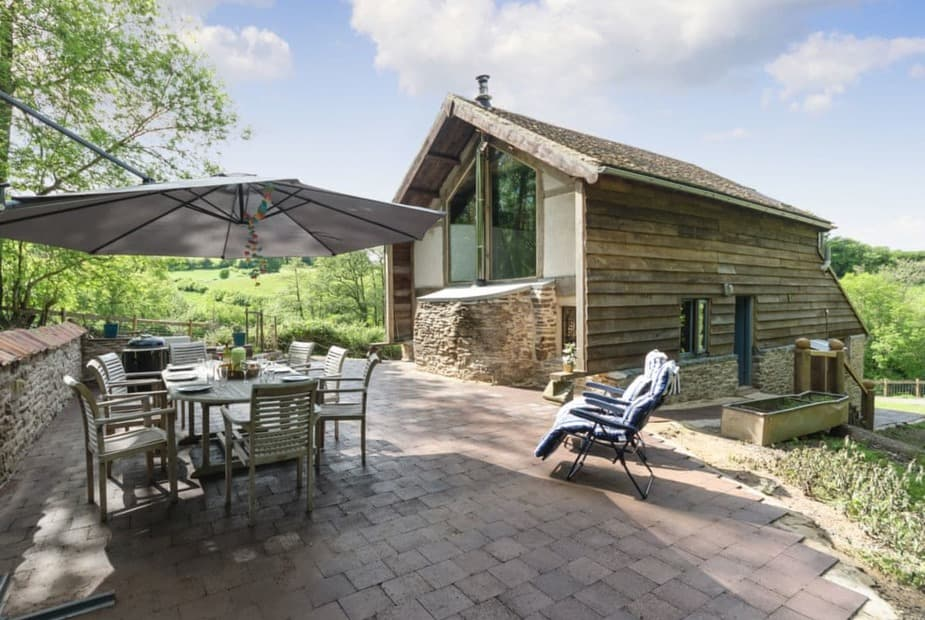 Detached woodland property nestling in rural Gloucestershire | The Retreat, Longhope, near Gloucester - The Retreat