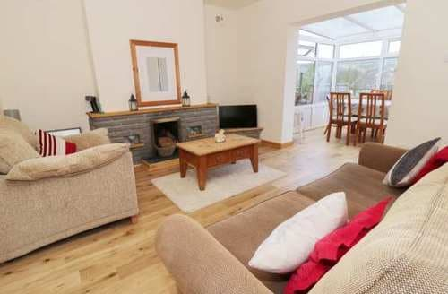 Last Minute Cottages - Captivating Dolgarrog Cottage S84910