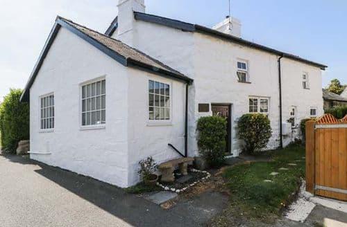 Last Minute Cottages - Gorgeous Criccieth Cottage S84912
