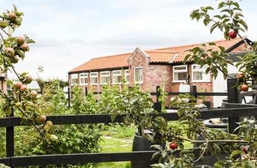 Last Minute Cottages - Charming Sookholme Cottage S84961