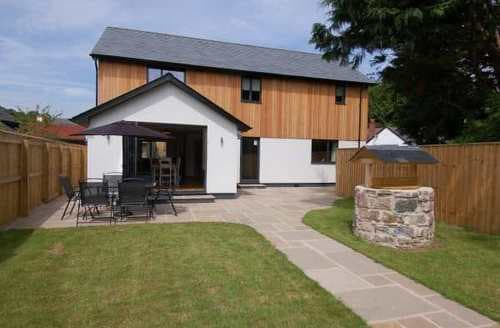 Last Minute Cottages - The Larches