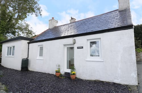 Last Minute Cottages - Splendid Brynsiencyn Cottage S85638