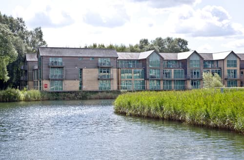Last Minute Cottages - Attractive Swindon Apartment S85721