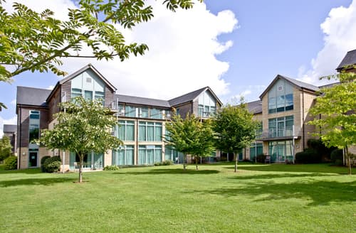 Last Minute Cottages - Attractive Swindon Apartment S85722