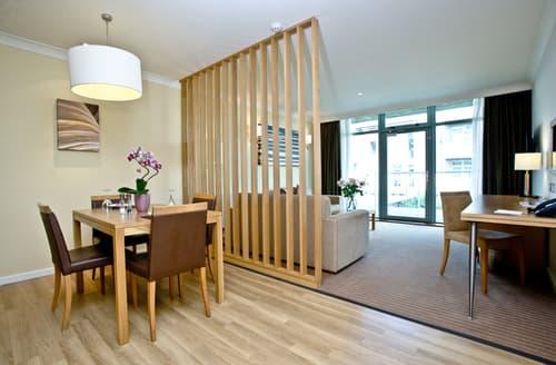 Last Minute Cottages - Splendid Swindon Apartment S85726