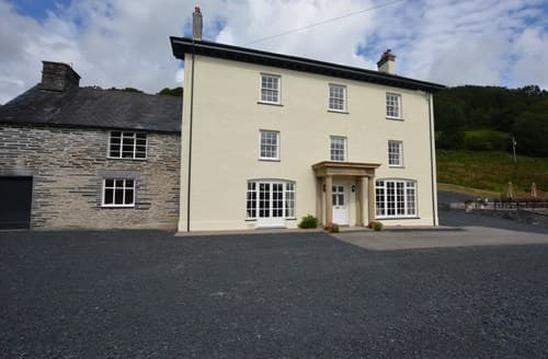 Big Cottages - Cosy Machynlleth House S85828