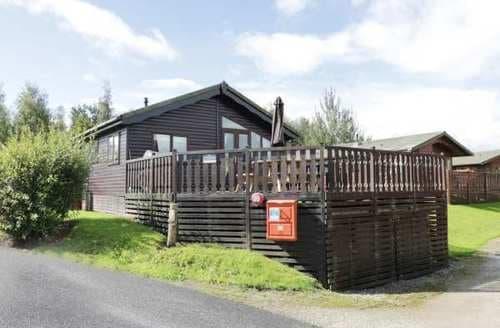 Last Minute Cottages - Delightful Lancaster Lodge S86068