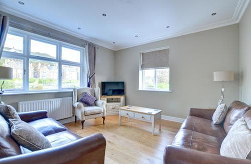 Last Minute Cottages - Luxury Aberystwyth Apartment S86121