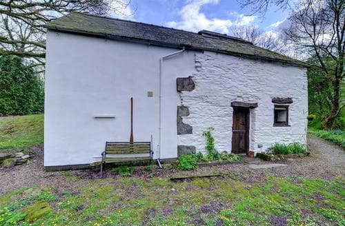 Last Minute Cottages - Excellent Whitland Cottage S86319