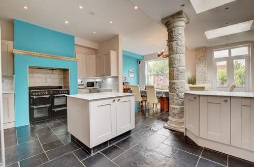 Last Minute Cottages - Attractive Weymouth Cottage S86344