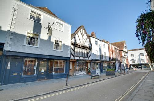 Last Minute Cottages - Luxury Canterbury Apartment S86437