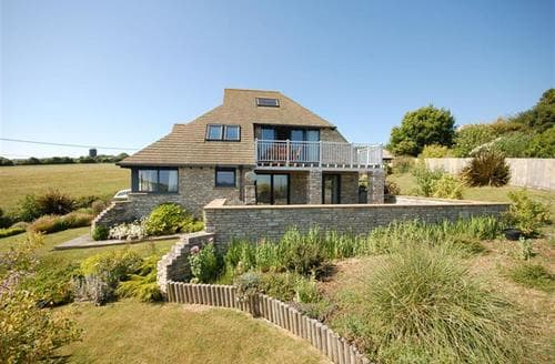 Last Minute Cottages - Gwyle House