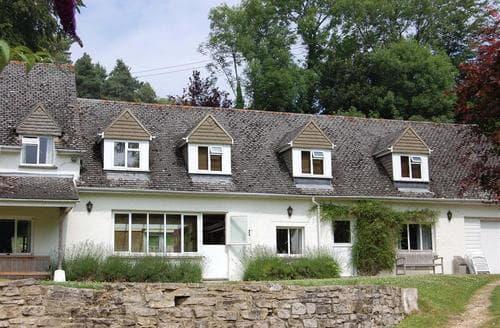 Last Minute Cottages - Tasteful Arne Cottage S86581