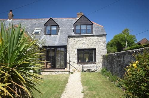 Last Minute Cottages - Splendid Lulworth Cove Cottage S86610