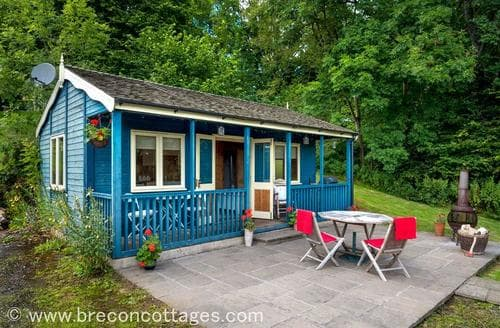 Last Minute Cottages - Splendid Clyro Lodge S86721
