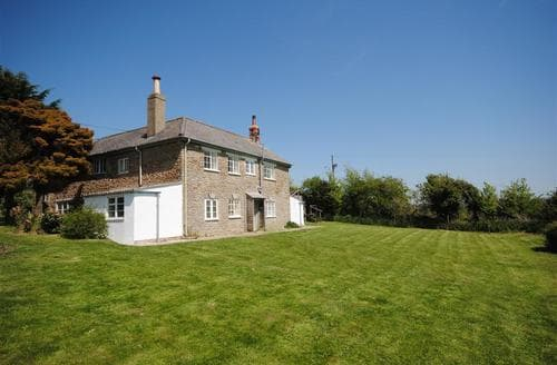 Last Minute Cottages - The Dairy House