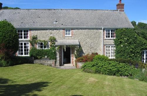 Last Minute Cottages - Cosy Monkton Wylde Cottage S86773