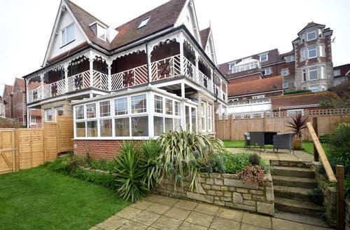 Last Minute Cottages - Captivating Swanage Apartment S86779