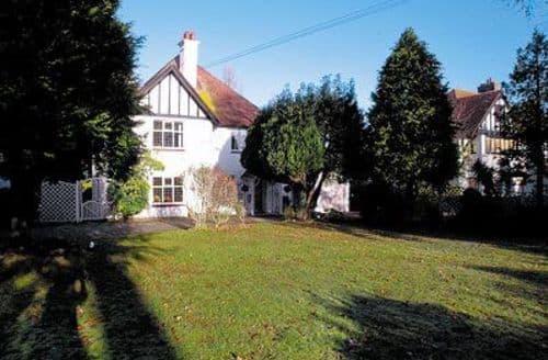 Last Minute Cottages - WOODLEIGH GRANGE