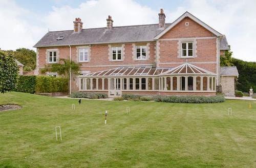 Last Minute Cottages - Tasteful Blandford Forum Cottage S83008