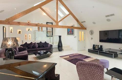 Last Minute Cottages - Gorgeous York Lodge S87087