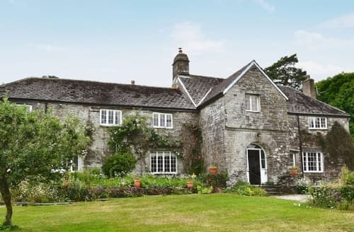 Last Minute Cottages - CRABADON MANOR