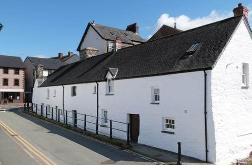 Last Minute Cottages - Captivating Machynlleth Cottage S87507