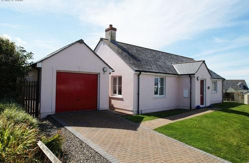 Last Minute Cottages - Hafan Aber Llydan