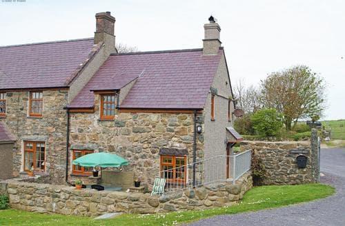 Last Minute Cottages - Meillionen Fach
