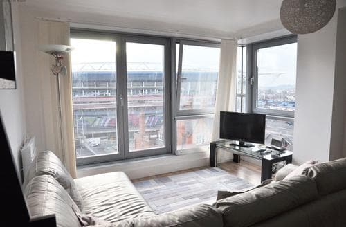Last Minute Cottages - Millennium Stadium Apartment