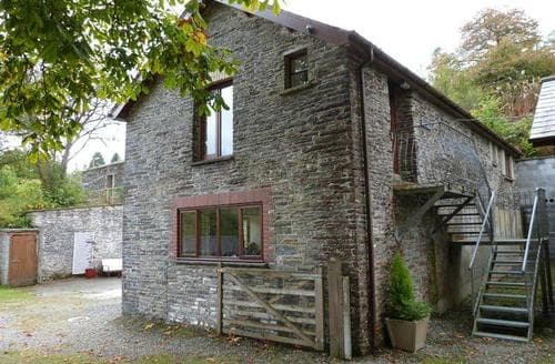 Last Minute Cottages - Ty Coets Uchaf