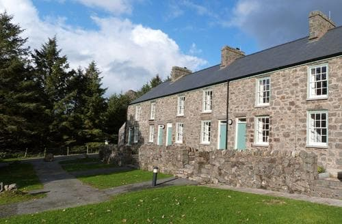 Last Minute Cottages - Exquisite Nant Gwrtheyrn Cottage S87564