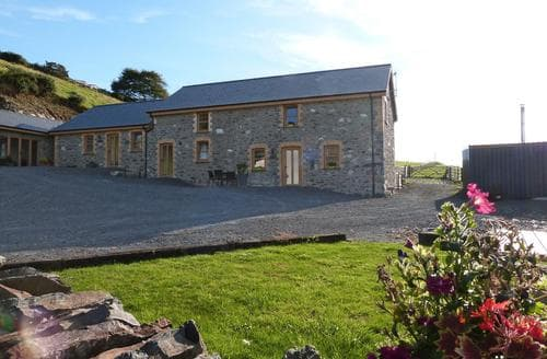 Last Minute Cottages - Bwlch y Gliced