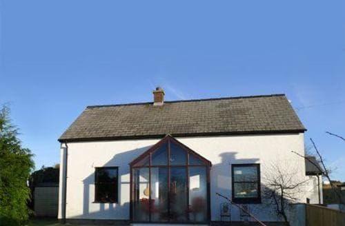 Big Cottages - Inviting St Davids Cottage S87582